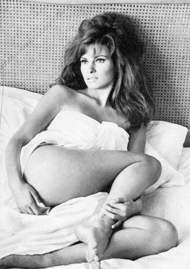 raquel_welch_sexygirlphotos-filminspector-com_6